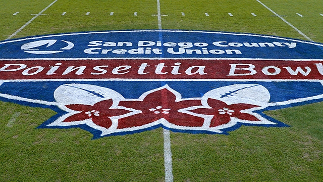 Poinsettia Bowl: What to Look For