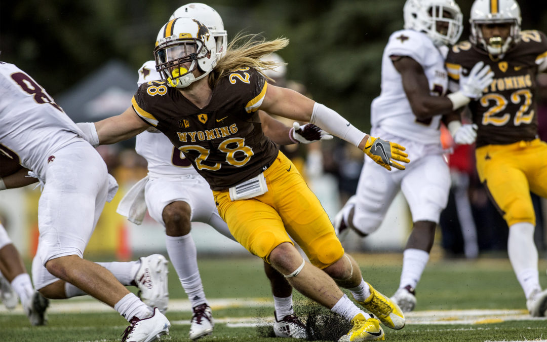 Wyoming Football To Appear On Five National Television Broadcasts In 2018