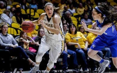 Roberts, Cowgirls Earn Mountain West Honors